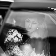 Wedding photographer Mikhail Sidorovich (mihas10). Photo of 28.11.2013