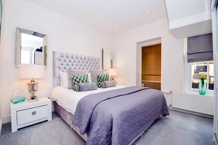 Luxury bedroom at Daventry Street
