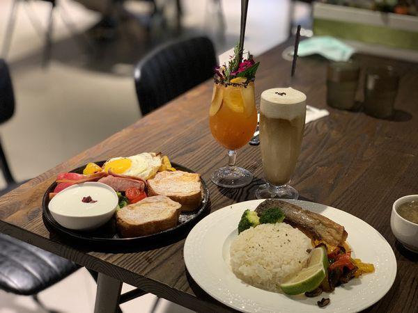 觸及真心Touch Heart 中山區合江街捷運行天宮站塔羅牌與療癒咖啡廳|不限時餐廳