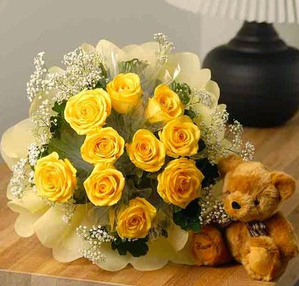 Hoa hồng vàng thể hiện tình yêu nồng cháy