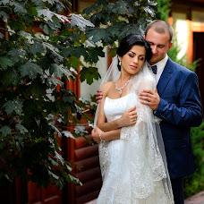 Wedding photographer Sergiy Katerinyuk (Cezar). Photo of 11.10.2017