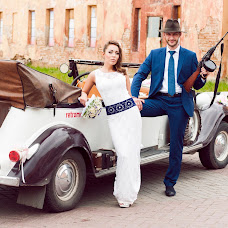 Wedding photographer Ekaterina Deputatova (katepetra). Photo of 11.02.2016