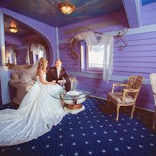 Wedding photographer Igor Lyutin (strongSPb). Photo of 30.10.2013