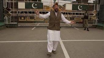 Episode 2 Extras: Bad Borders - 'Pakistani Dress Up'