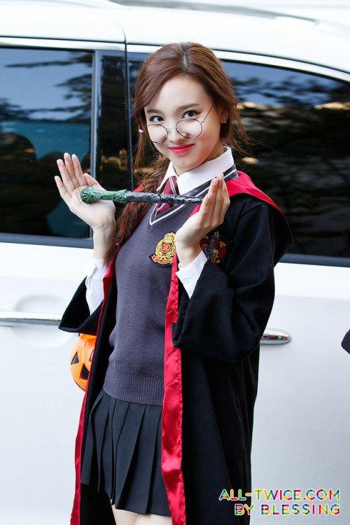 nayeon uniform 34