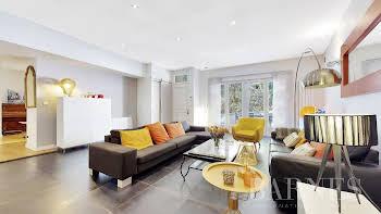 Appartement 4 pièces 162,78 m2