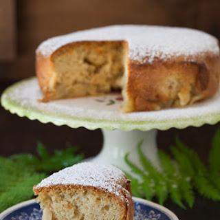 Sharlotka - Apple Cake.