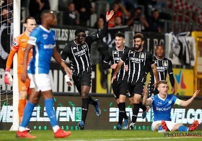 Opnieuw een kater buitenshuis voor Genk nadat Onuachu een penalty twee keer mist in Charleroi