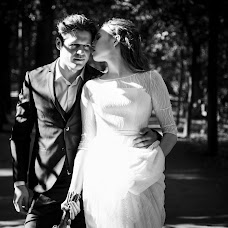 Wedding photographer Evgeniya Surova (SUROVA). Photo of 05.12.2017