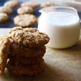 Classic Crisp Oats Cookies.