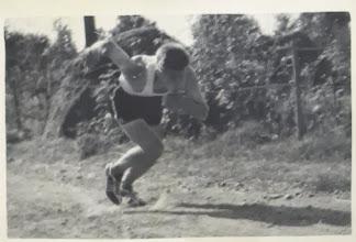 Photo: 19550726 Lähtö, Hellä-Hämeenkylä