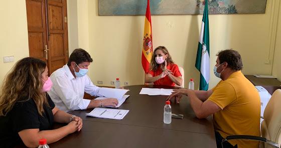 Dalías presenta un camino de peregrinos a la Junta de Andalucía