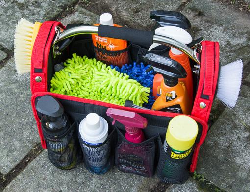 washing-detailing-car-griots-garage-bag-lowres-0971.jpg