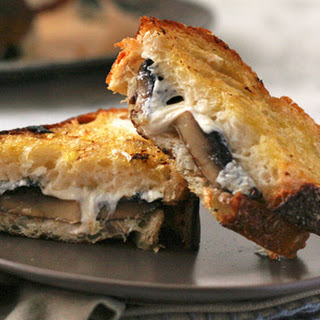 Roasted Mushroom Melts