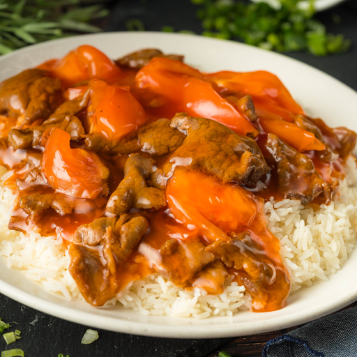 Beef with Tomato on Rice Dish