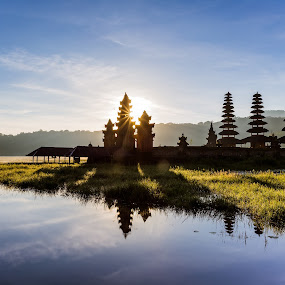Sunrise at Tamblingan Lake by Martin Yon - Landscapes Travel ( temple, bali, indonesia, lake, sunrise, pura, tamblingan )