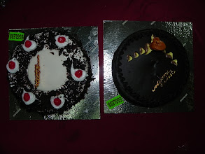 Photo: The New Year cakes arrive