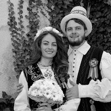 Wedding photographer Liviu Bratosin (liviustudiopro). Photo of 13.09.2017