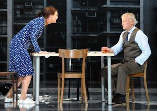 Photo: Wien/ Theater in der Josefstadt: EINES LANGEN TAGES REISE IN DIE NACHT von Eugen O'Neill. Inszenierung Torsten Fischer, Premiere 19.4.2012. Ulli Maier und Helmuth Lohner. Foto: Barbara Zeininger