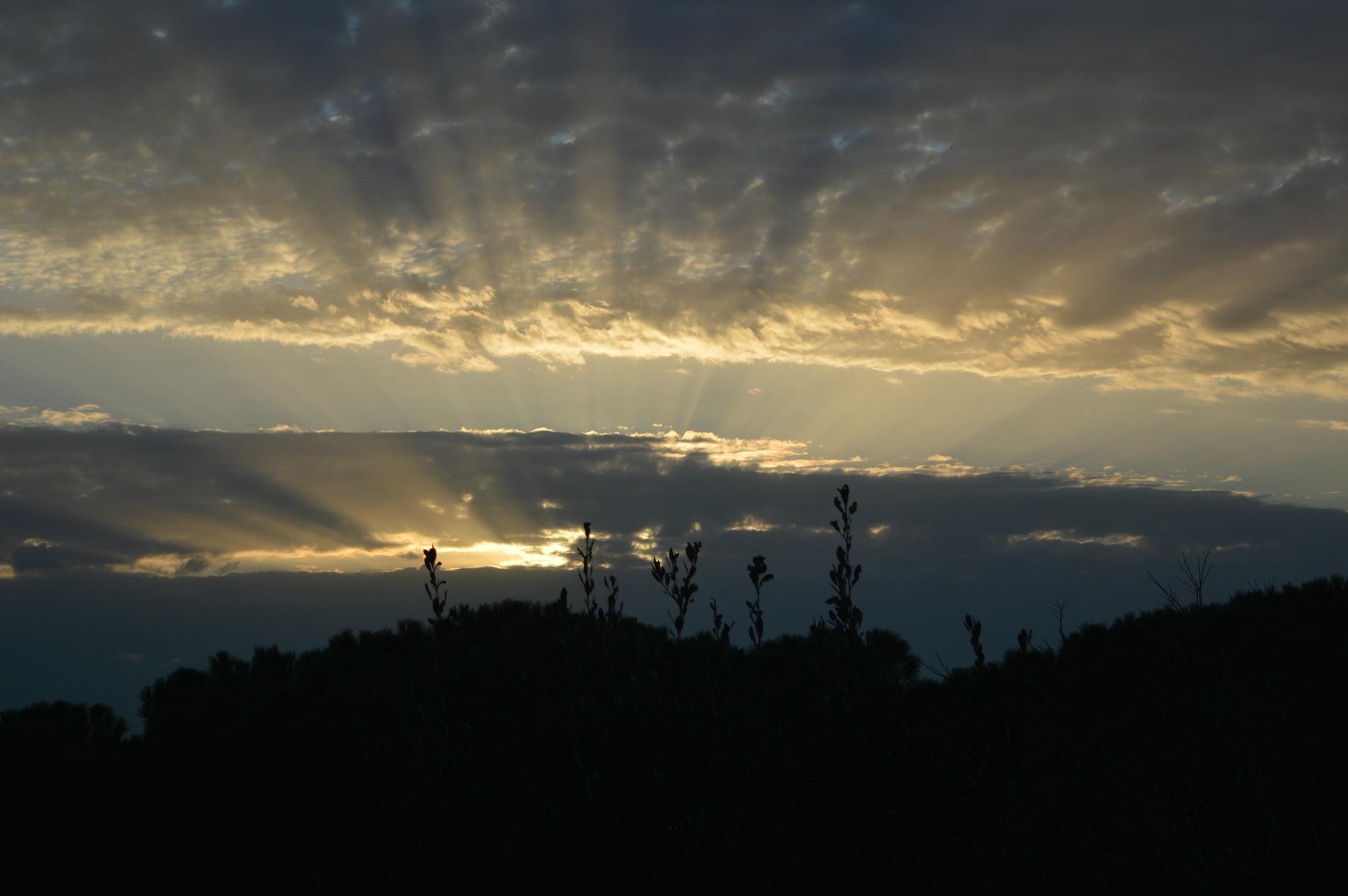 Raggi di nuvole di Anya Elsa PH