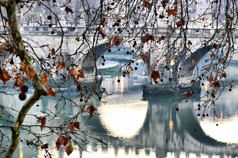 Ponte Sant'Angelo in autunno di vincenzo_v
