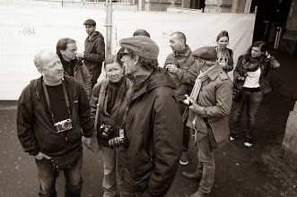 Photo: Lot's of photo talk at the photo walk in Zurich