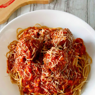 Grilled Meatballs and Spaghetti with Mezzetta Napa Valley Sauce #FallforFlavor #ad