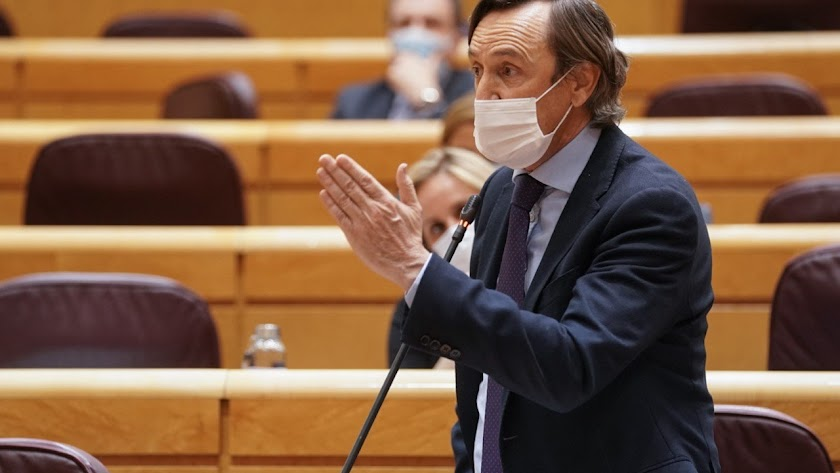 El senador del Partido Popular de Almería, Rafael Hernando.