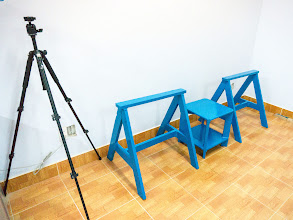 Photo: the 2 stands to work outdoor (e.g: sanding, painting), or to be used in conjunction with the main workbench