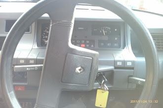 Photo: Renault 5 Steering Wheel