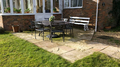 Photo: http://www.outsideedgegardenfurniture.co.uk/Cast-Aluminium-and-Metal-Garden-Furniture/Tables-for-6/index.html