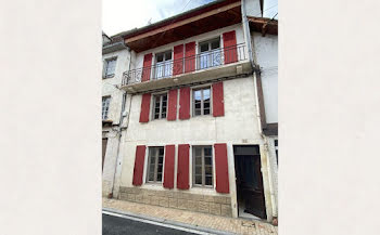 propriété à Salies-de-bearn (64)