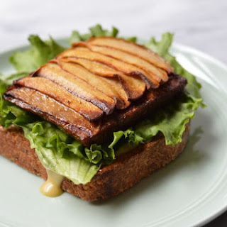 Braised Apple-Tempeh Open-Faced Sandwiches