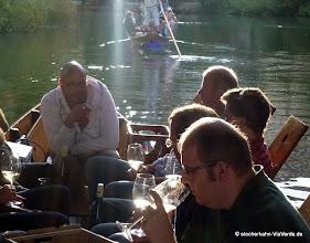 Photo: Weinseminar mit Ralf Schulz nun auf dem Stocherkahn. Fragen sind erwünscht und Spaß garantiert!