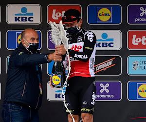 """Ewan wint in Schoten in plaats van af te zien in Giro, vieren niet simpel: """"Weet niet wat mis was met die champagnefles"""""""