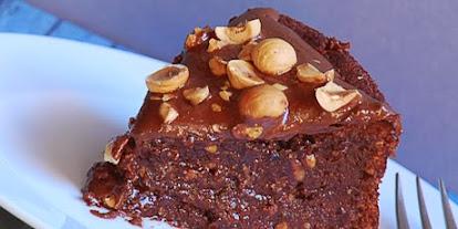receta para preparar bizcocho casero con chocolate y avellanas -ApuntoLibreria