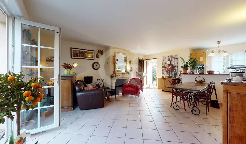 Maison avec jardin et terrasse Gentilly