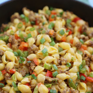 4-Ingredient Spicy Sausage and Pepper Mac 'n Cheese