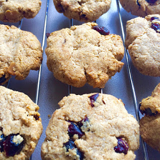 Spiced Macadamia and Cranberry Cookies