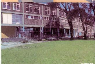 Photo: [1999 ©-Woningsrichting Onze Woongemeenschap OWG en ©-verzameling KBO] - http://www.Katendrecht.info - schetsen & studies - artist impression mogelijk alternatief Fenixloodsen - hier met een dichtgewerkte onderkant.