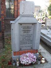 Photo: Mogiła siedmiu legionistów na cmentarzu w Kaliszu