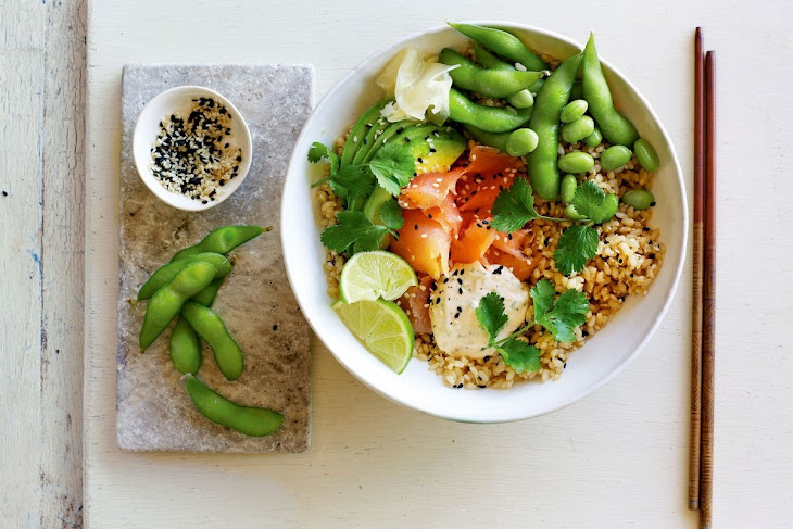 Jamie Oliver'S Easy Brown Rice and Smoked Salmon Sushi Bowls Recipe