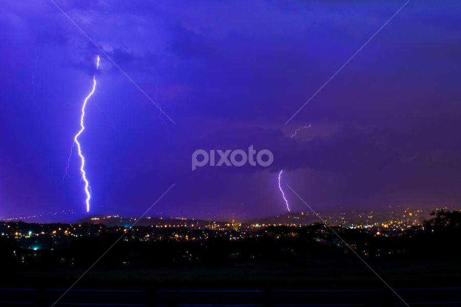 Zapped by Roger Fanner - Landscapes Weather ( clouds, lightning, roger fanner, south africa, pwcstorm, storm, pitermaritzburg )