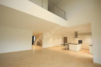 Villa 12 pièces 289 m2