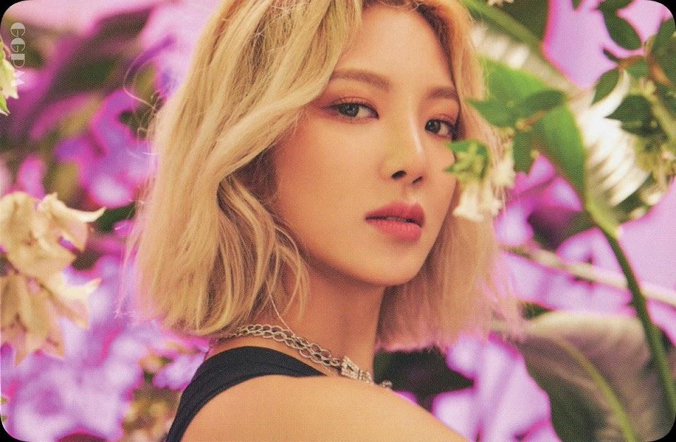 hyoyeon blonde 3