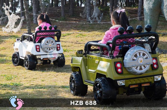 Xe ô tô điện cho bé Jeep HZB-688 5
