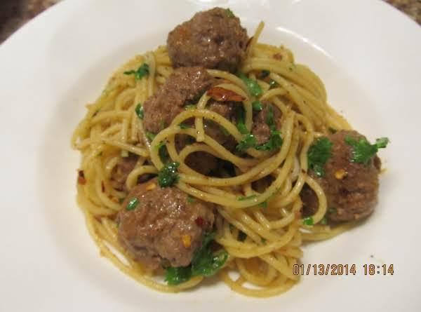 Butter Garlic Meatball Spaghetti Recipe
