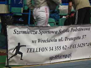 Photo: poolse reklame voor de lokale schermvereniging