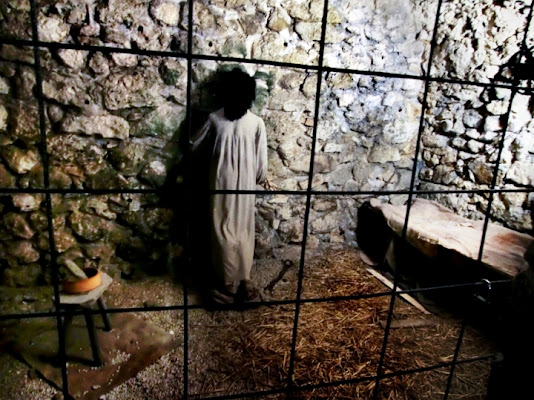 Prigionia medievale di Maurizio Valentini