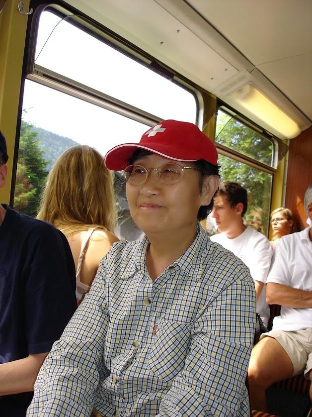Chinoise dans le train pour les Rochers-de-Naye
